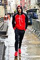 zayn malik leaves gigi hadids apartment in same clothes as day before 01