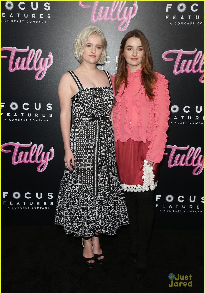 shannon purser molly devers tully premiere 09