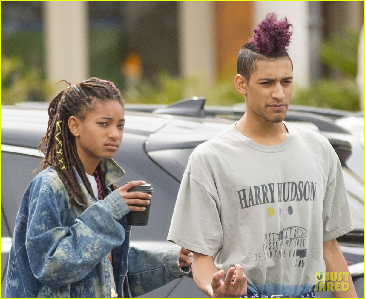 willow smith and tyler cole step out ahead of his love at first fight music video screening 03