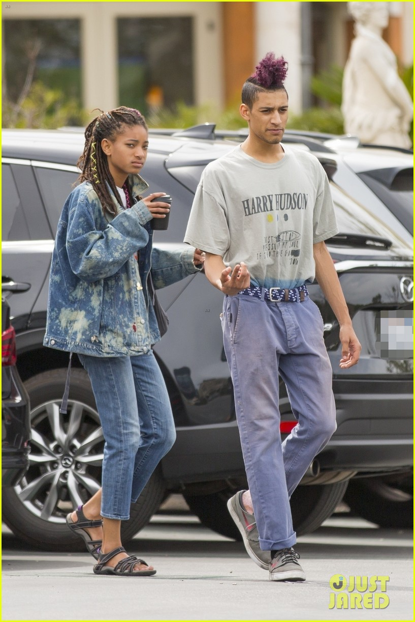 willow smith and tyler cole step out ahead of his love at first fight music video screening 05