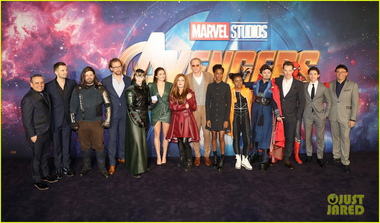 elizabeth olsen tom holland letitia wright avengers fan event 03