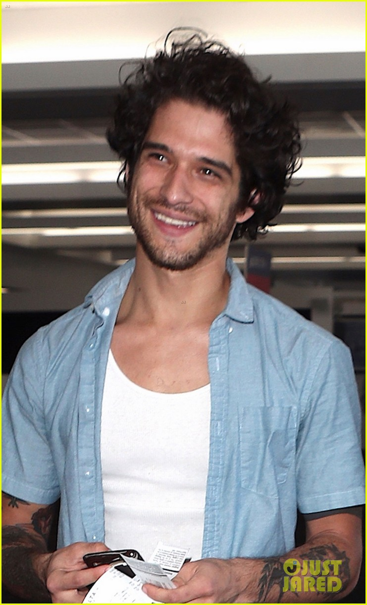 tyler posey has gotten bored with acting 05
