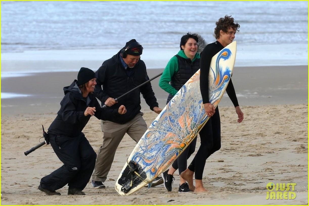 shailene woodley films big little lies with male co star on the beach 08