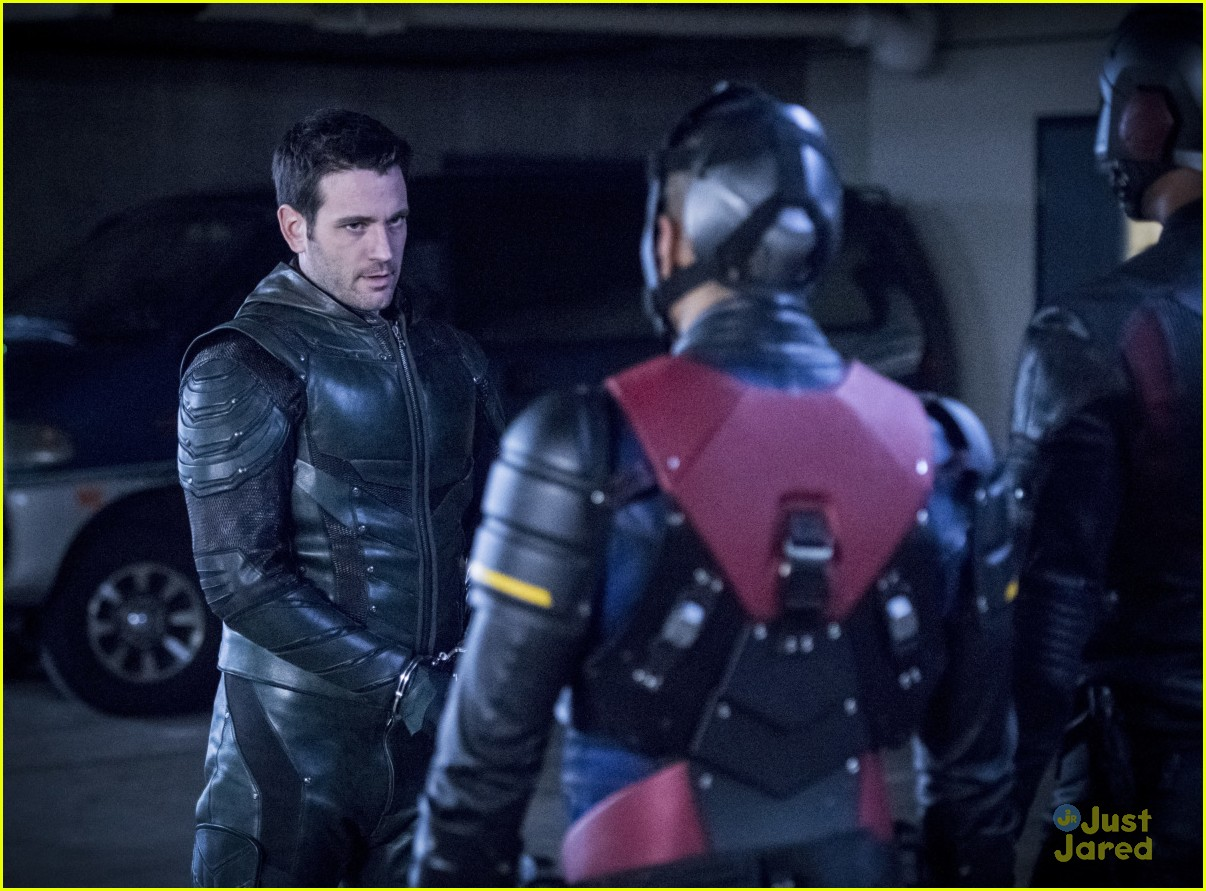 arrow cast talks oliver trial episode 04