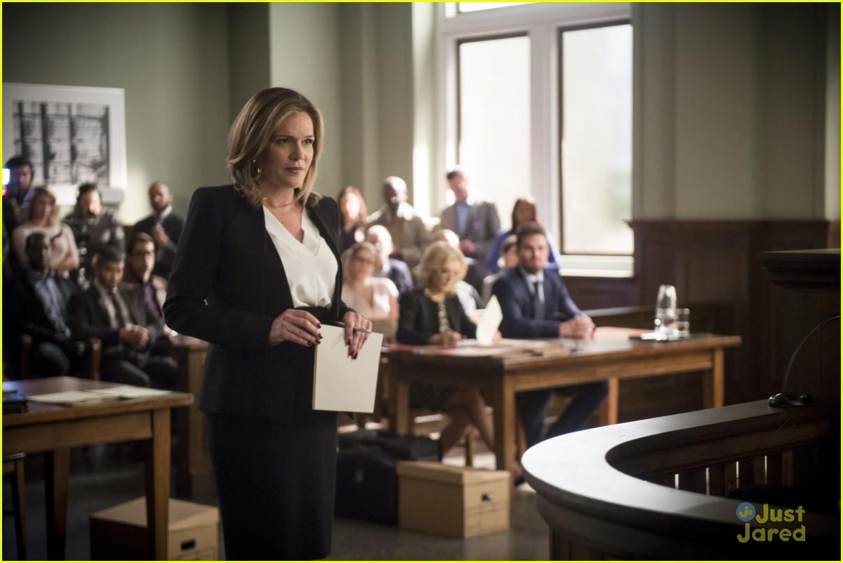 arrow cast talks oliver trial episode 11