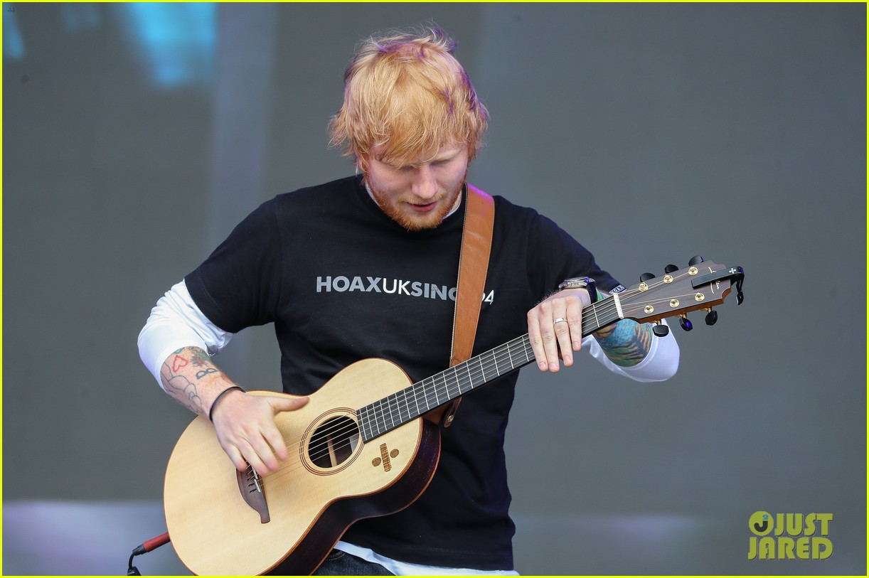 ed sheeran sam smith take stage at biggest weekend 06