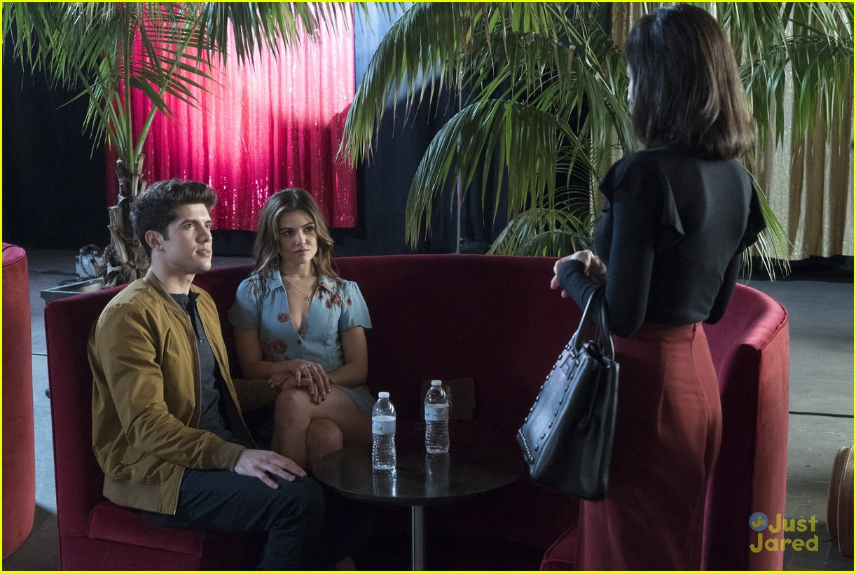 famous love goodbye boy stills 04