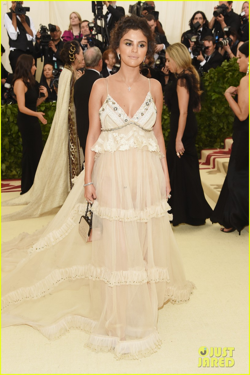 selena gomez looks heavenly in sheer gown at met gala 2018 08