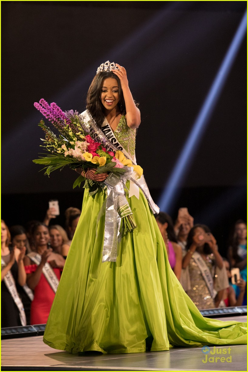 hailey colborn crowning moment miss teen usa 05