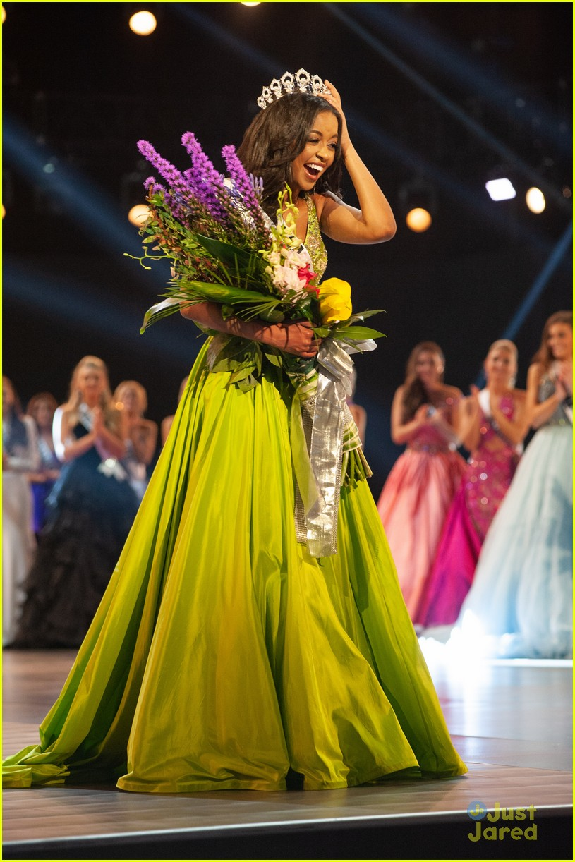 hailey colborn crowning moment miss teen usa 36