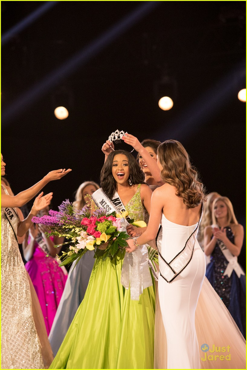 hailey colborn crowning moment miss teen usa 43