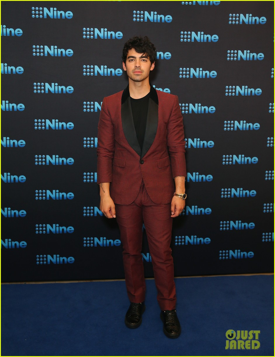 joe jonas joins kelly rowland and delta goodrem at nine all stars event in sydney 02