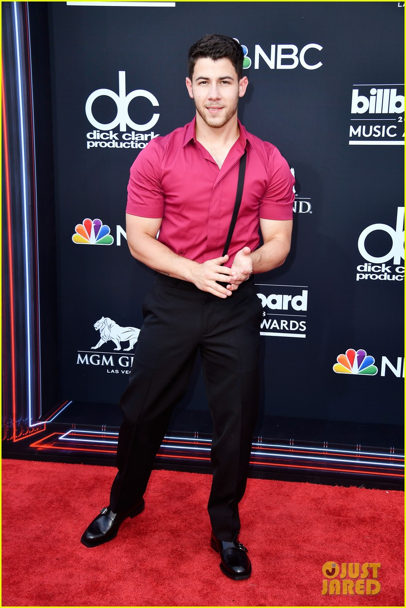 nick jonas billboard music awards 2018 01