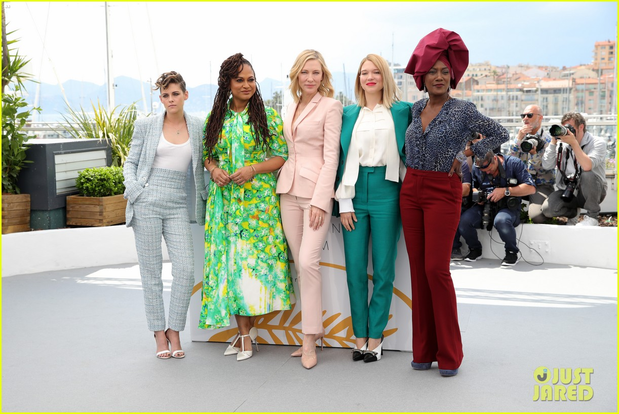 cate blanchet kristen stewart ava duvernay lea sedoux for cannes jury photo call 05