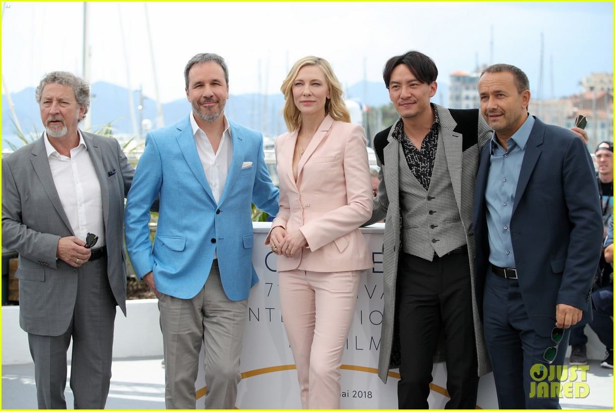 cate blanchet kristen stewart ava duvernay lea sedoux for cannes jury photo call 11