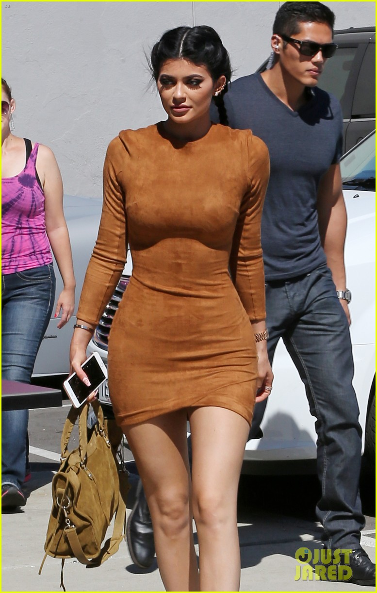 Kylie Jenner S Hot Bodyguard Responds To Rumors That He S