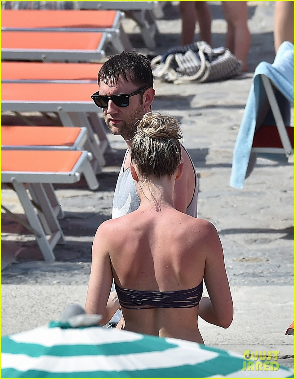 matthew lewis beach italy angela jones 42