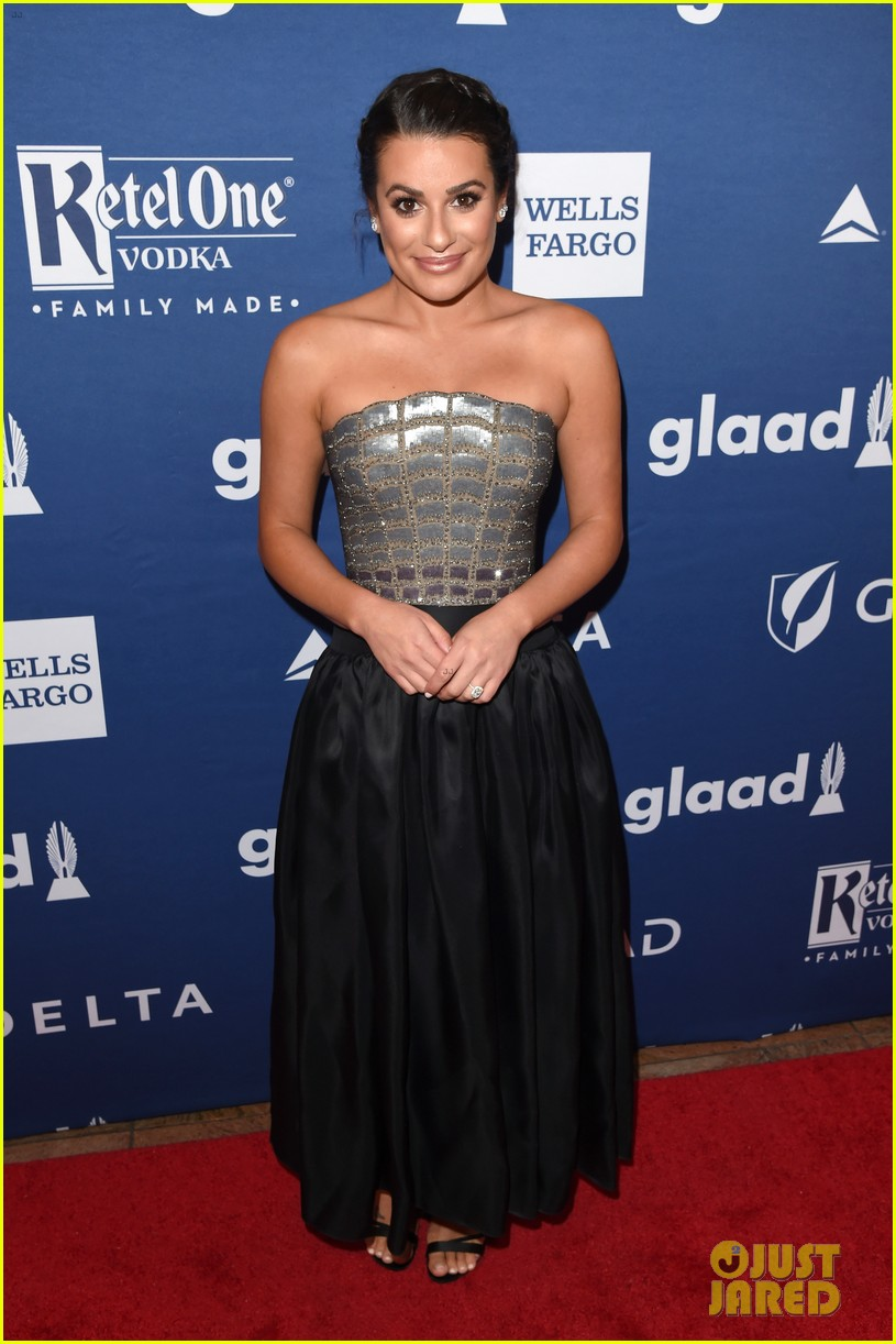 lea michele shows off engagement ring at glaad media awards 04