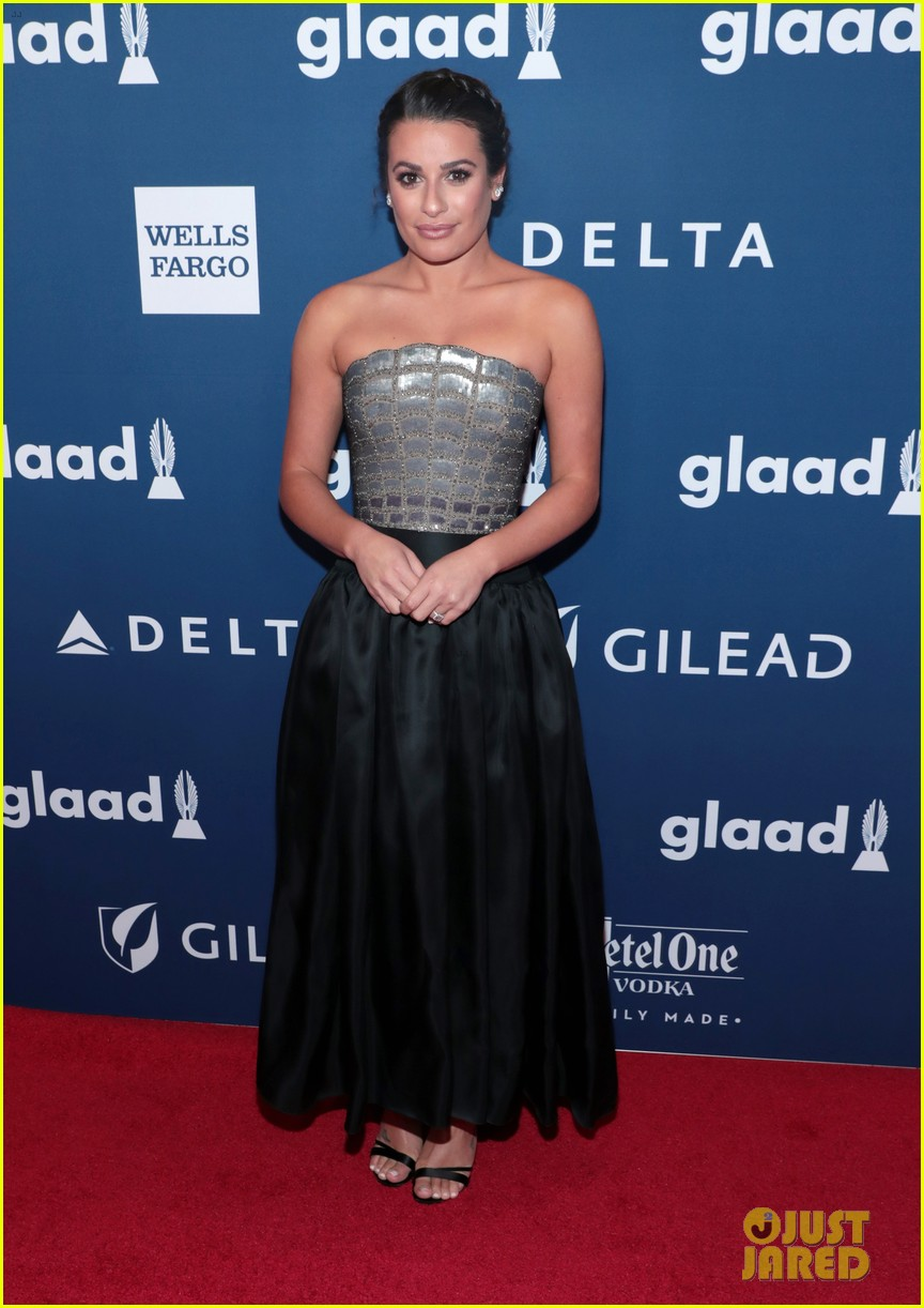 lea michele shows off engagement ring at glaad media awards 06