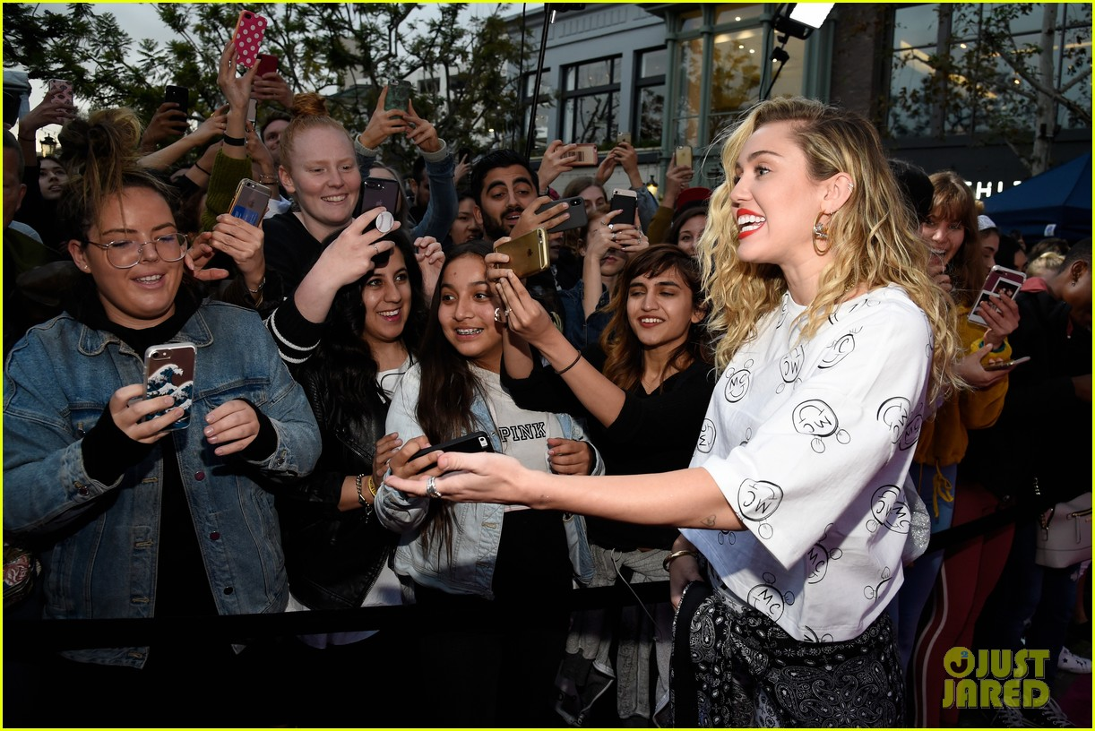 miley cyrus launches converse collection at the grove 22