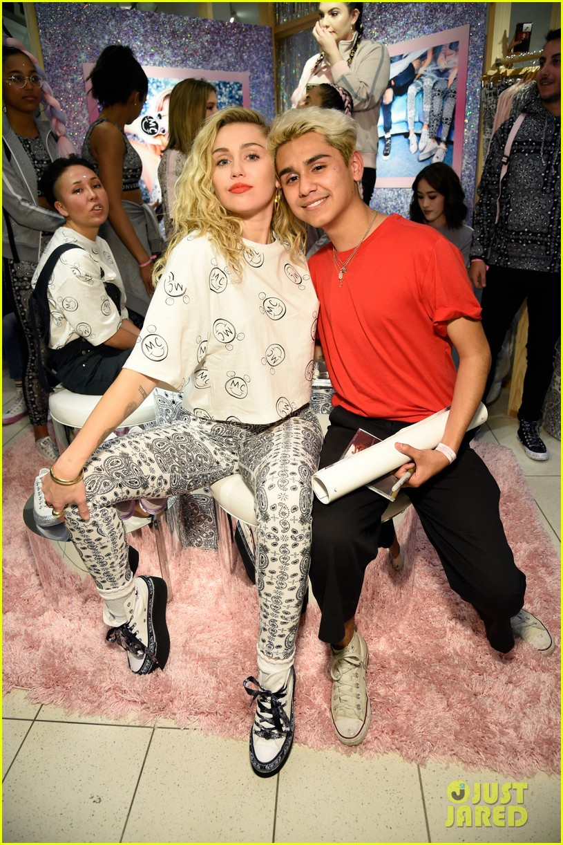 miley cyrus launches converse collection at the grove 26