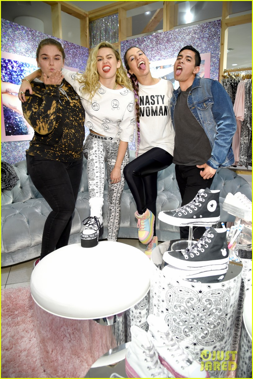 miley cyrus launches converse collection at the grove 29