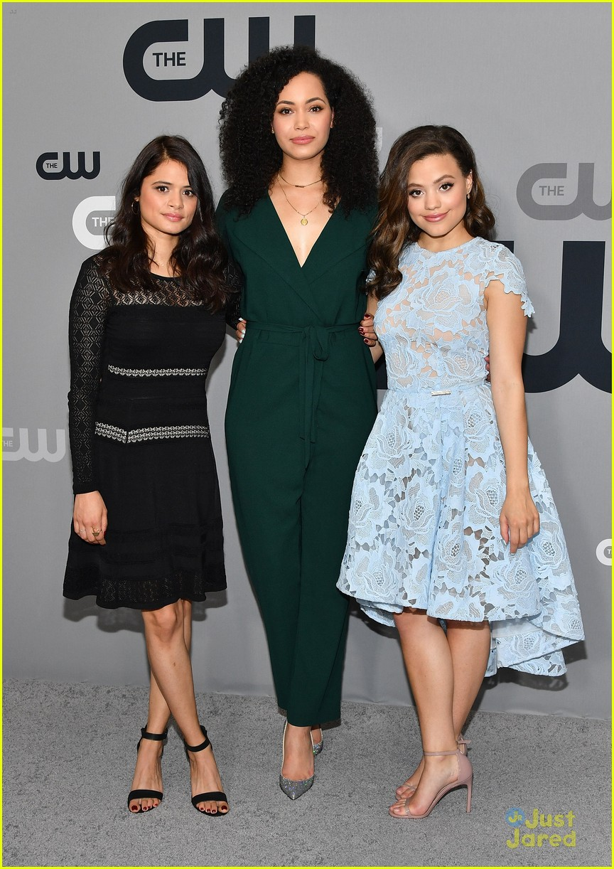 sarah jeffery first look charmed cw upfront 04