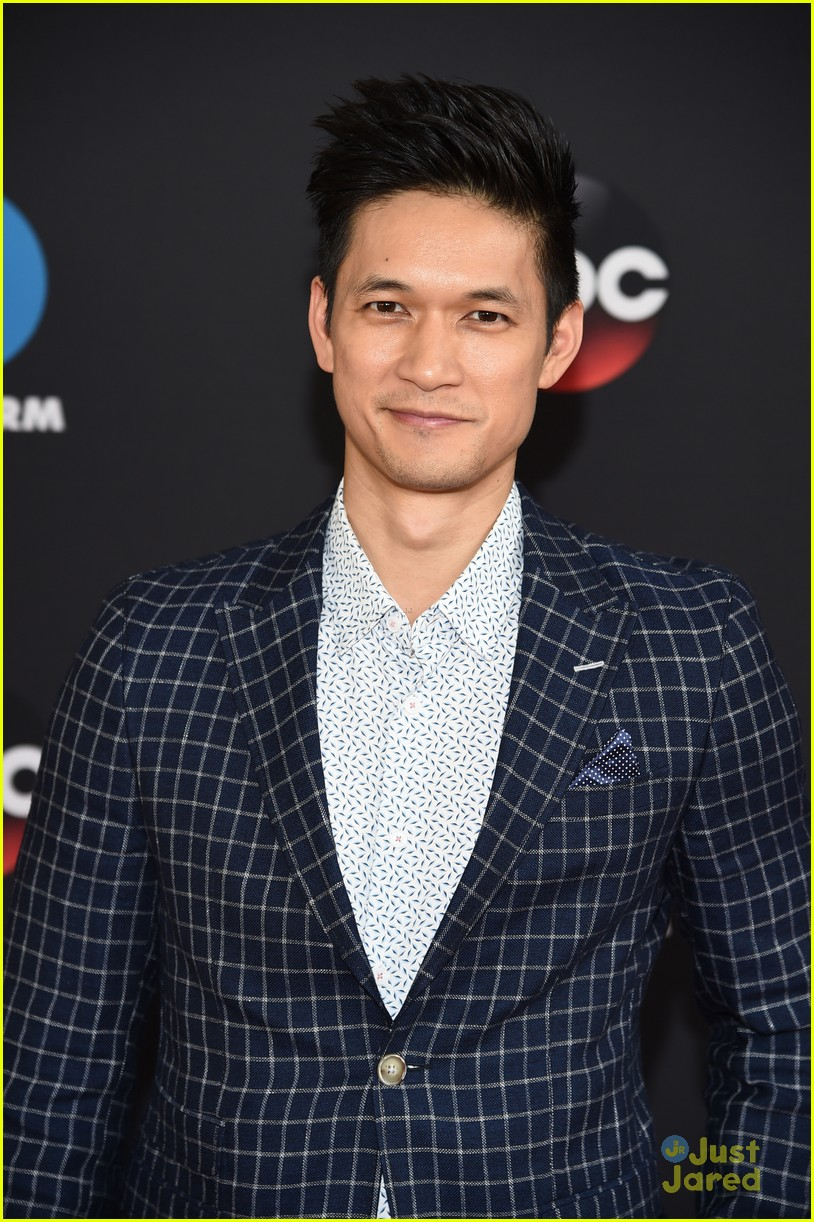 siren cast season 2 renewal harry shum isaiah mustafa 10