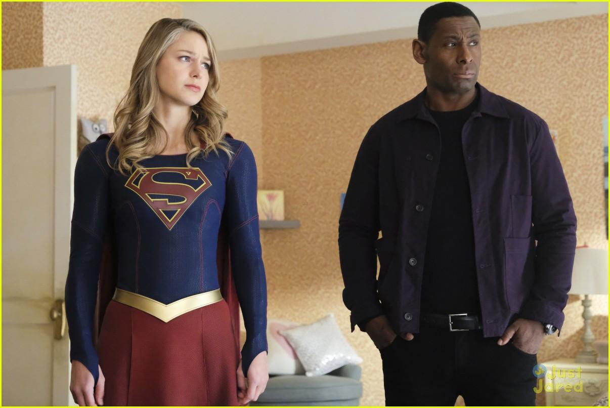 alex ruby bond protect supergirl tonight 13