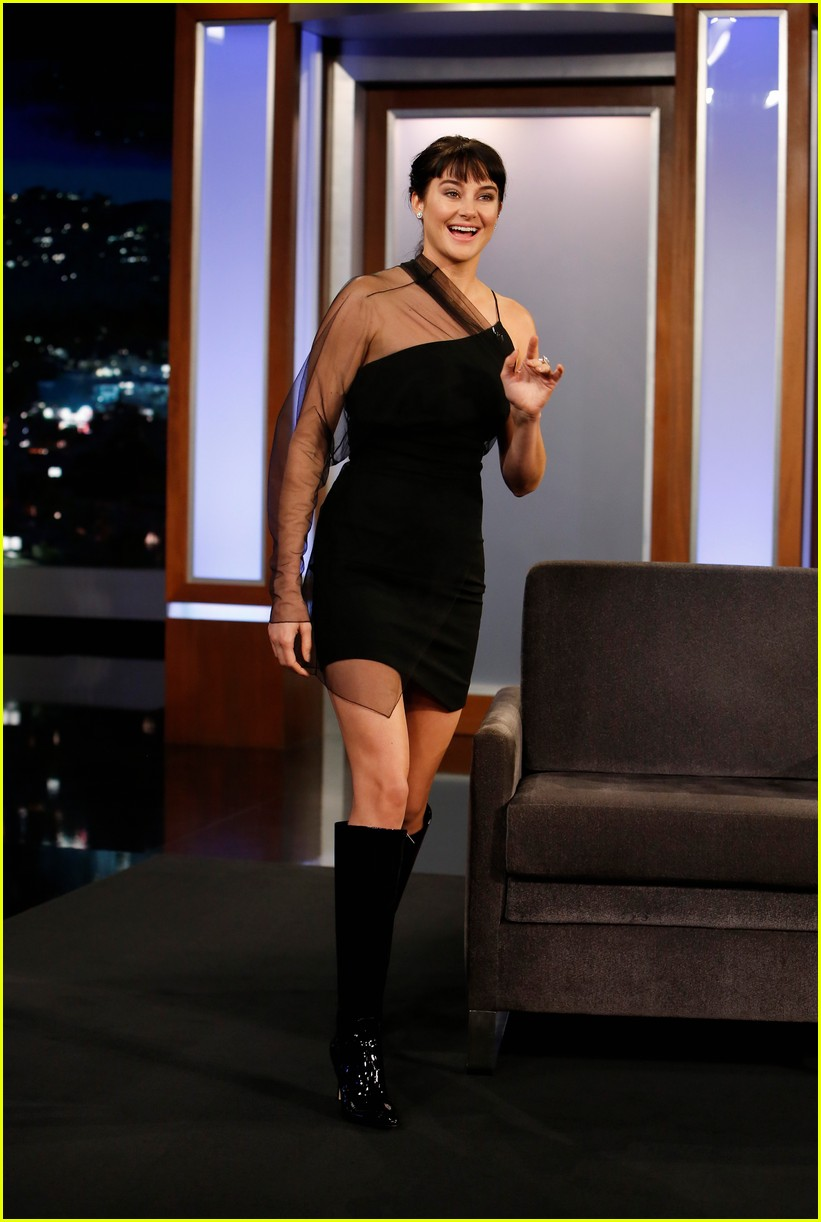 Shailene Woodley Spills on What It's Like Dating a Rugby ...