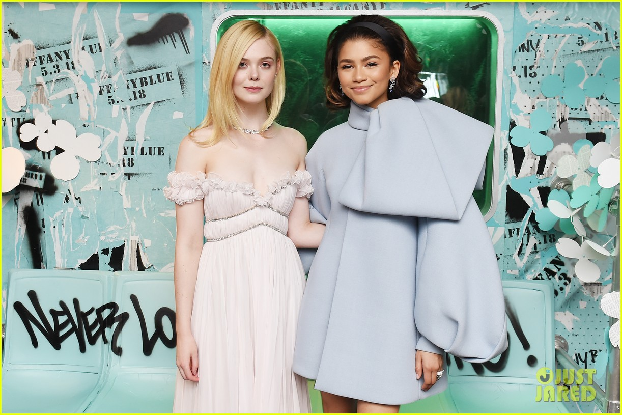zendaya elle fanning and yara shahidi get glam for tiffany and co event 07