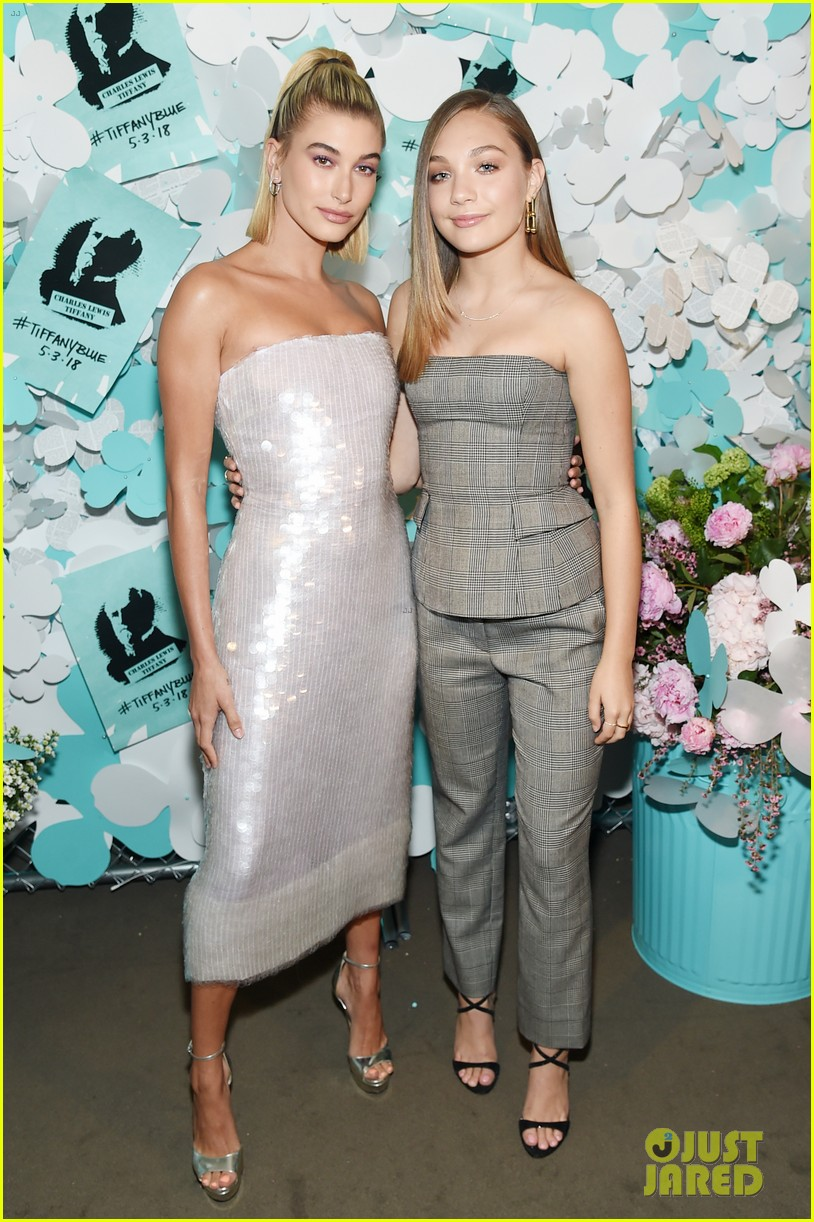 zendaya elle fanning and yara shahidi get glam for tiffany and co event 10
