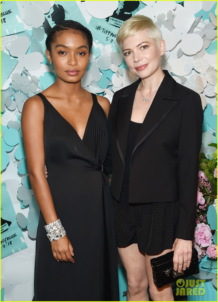 zendaya elle fanning and yara shahidi get glam for tiffany and co event 14