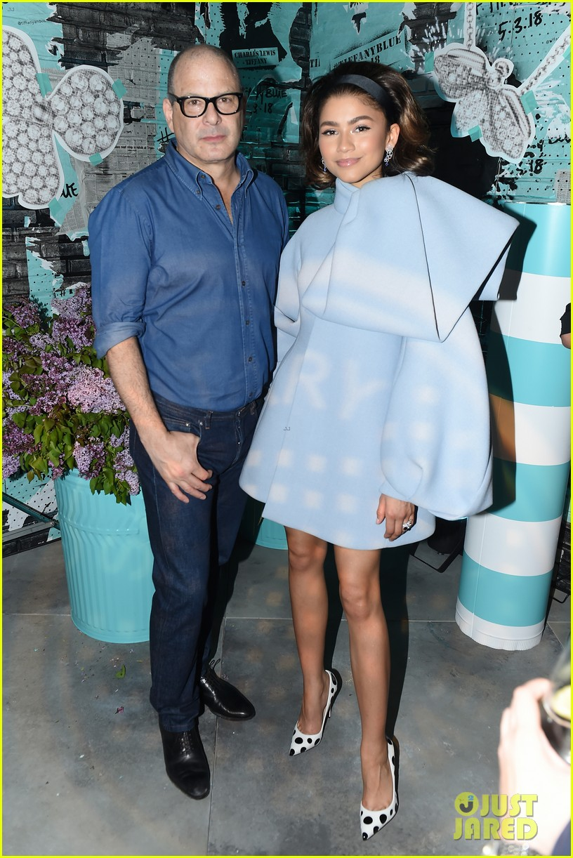 zendaya elle fanning and yara shahidi get glam for tiffany and co event 26