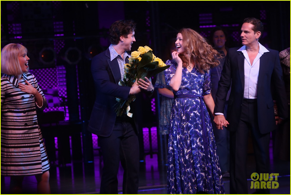 melissa benoist makes broadway debut in beautiful the carole king musical 04