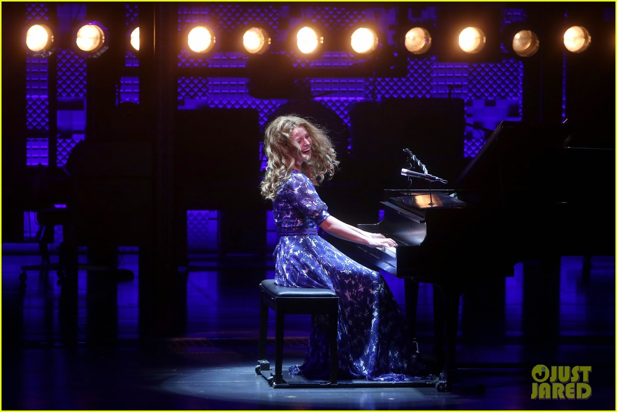 melissa benoist makes broadway debut in beautiful the carole king musical 07