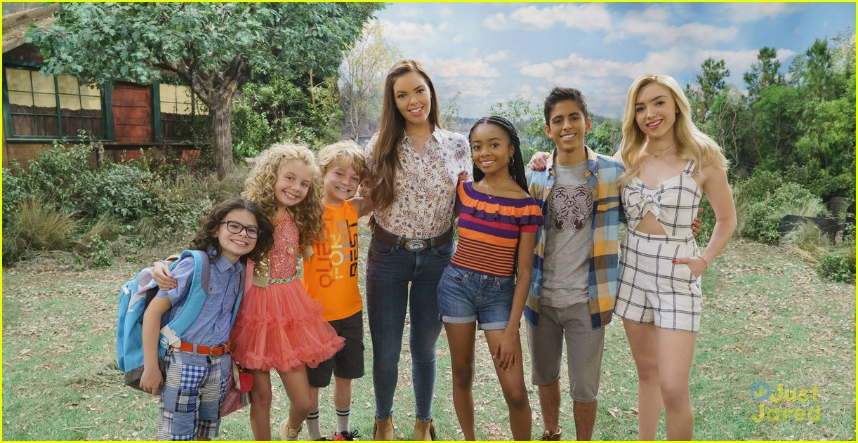 bunkd new cast pic season three 01