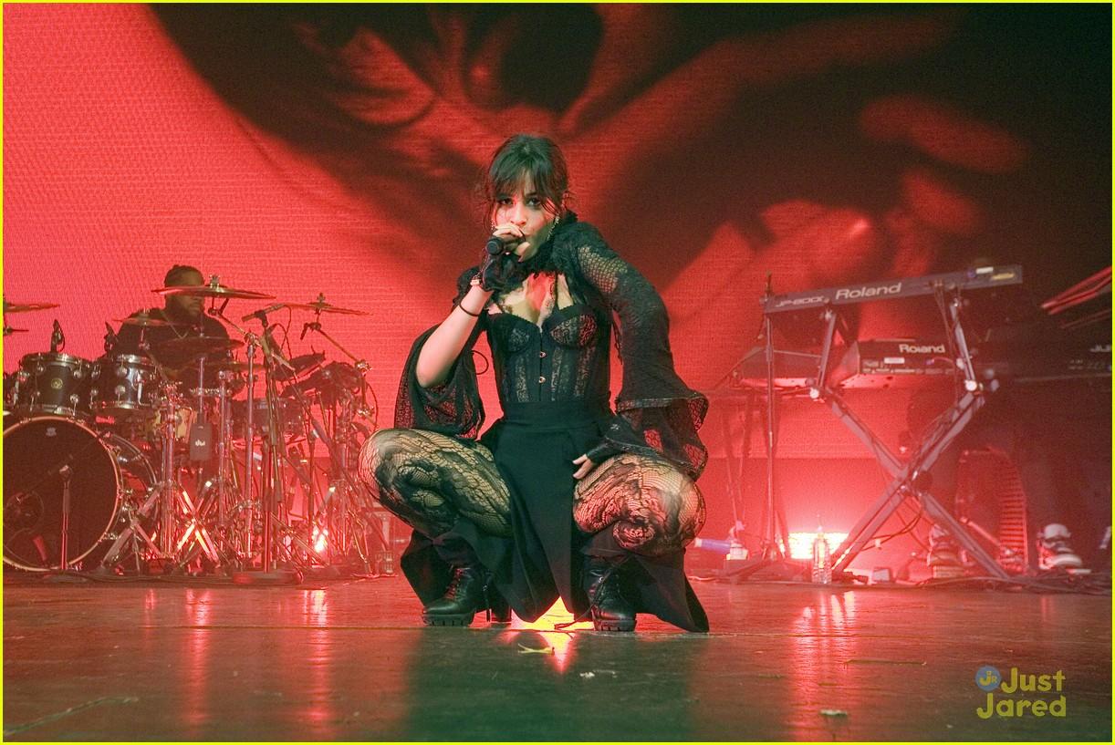 camila cabello glasgow concert pics 24
