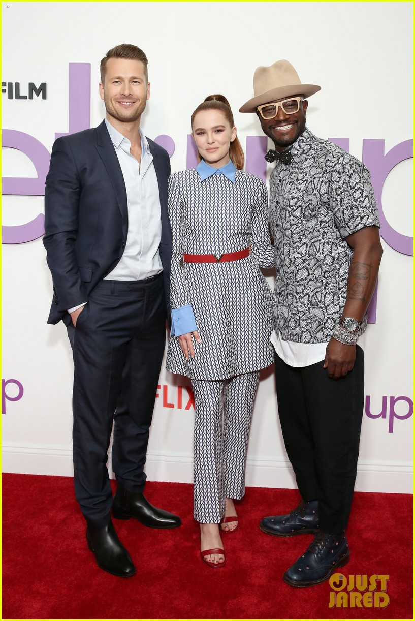 zoey deutch glen powell set it up screening 03