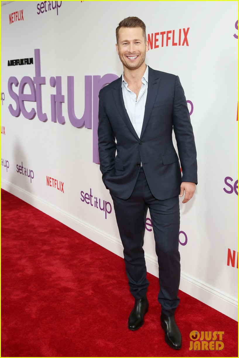 zoey deutch glen powell set it up screening 14