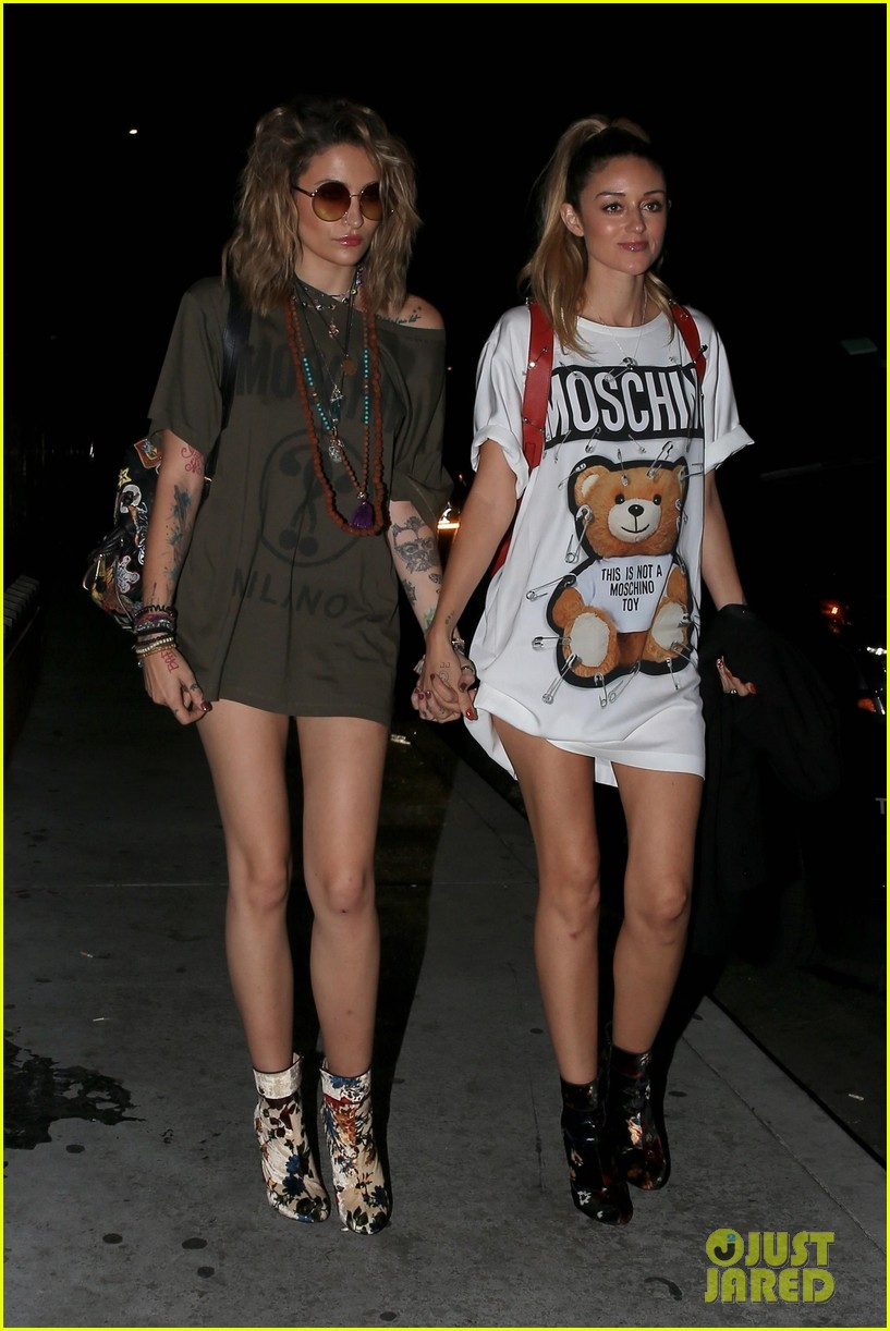 paris jackson and caroline damore walk hand in hand at moschino after party 04