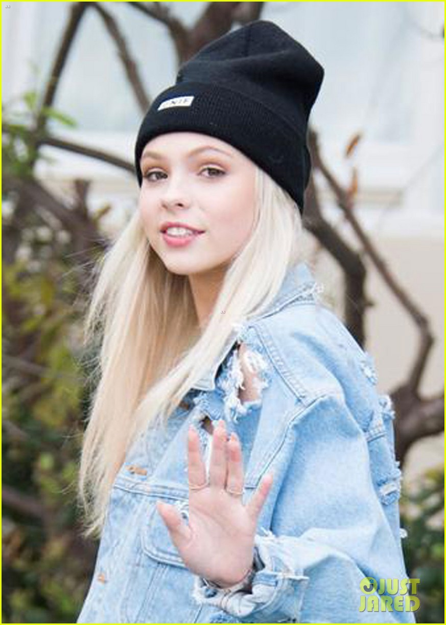 jordyn jones thanks fans for sticking by her side through everything 01