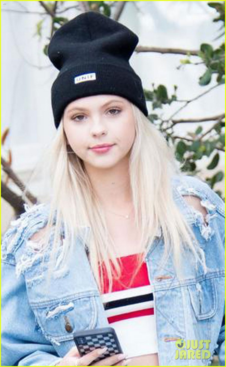 jordyn jones thanks fans for sticking by her side through everything 03