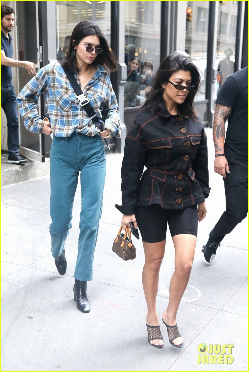 kendall jenner kourtney kardashian step out together 28