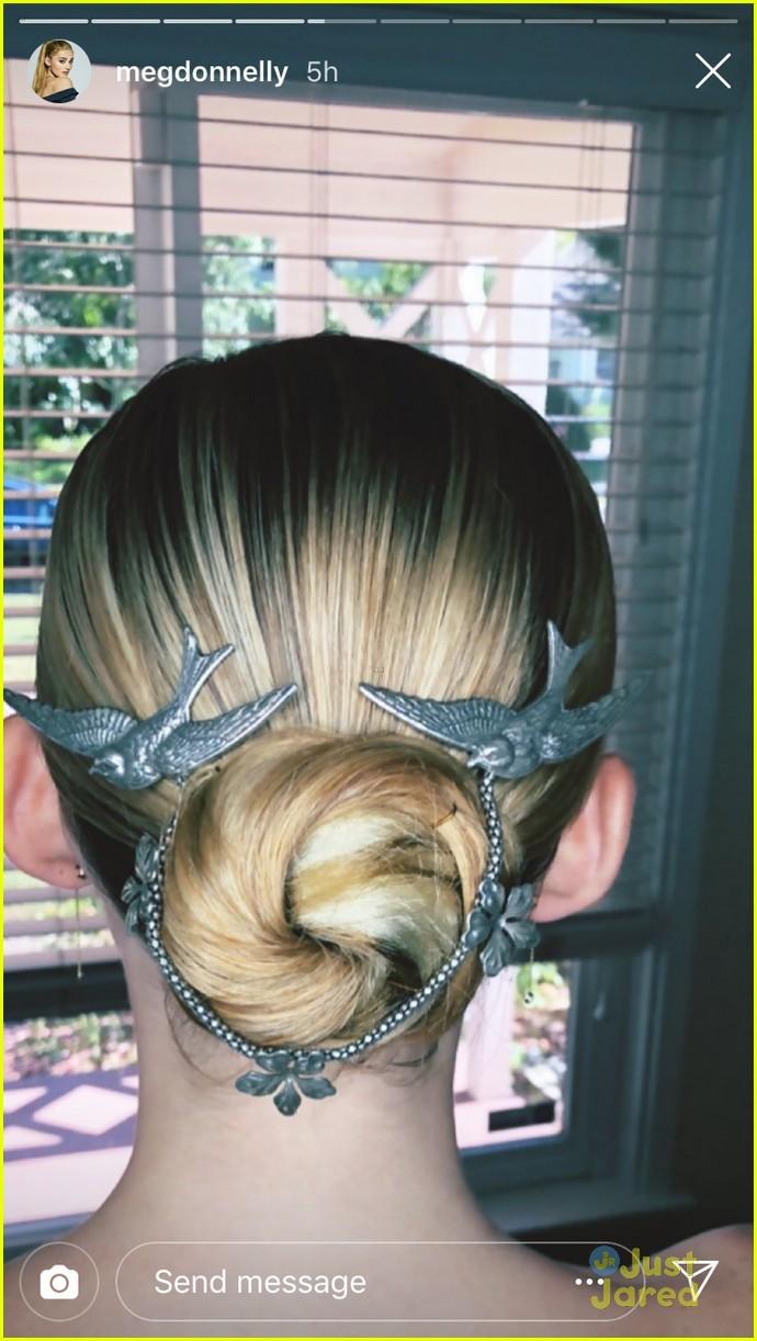 meg donnelly rosanna pansino hair styles ant man premiere 05