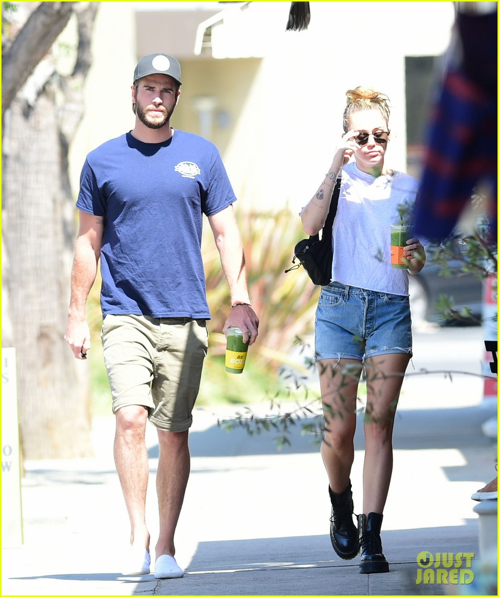 miley cyrus liam hemsworth wednesday photos 05