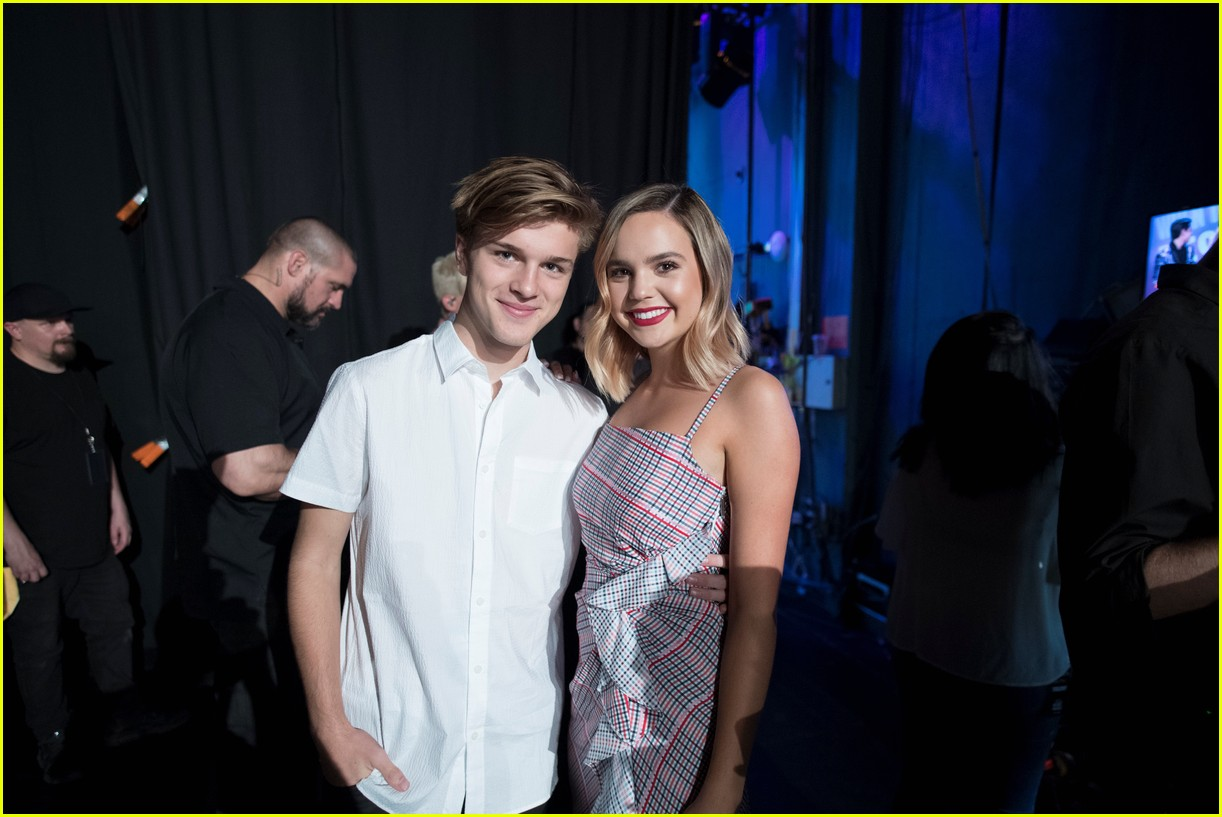 backstage at the radio disney music awards see the moments you missed on tv 04