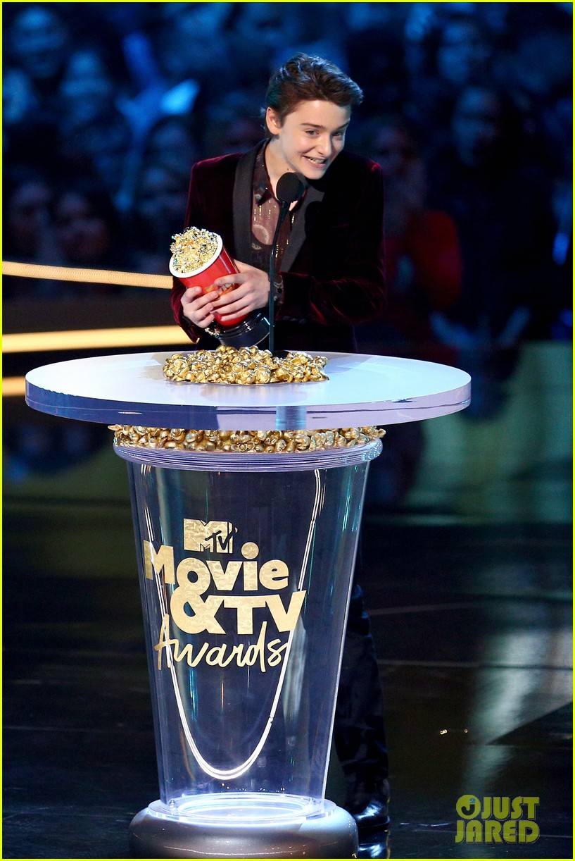 noah schnapp mtv movie tv awards 11