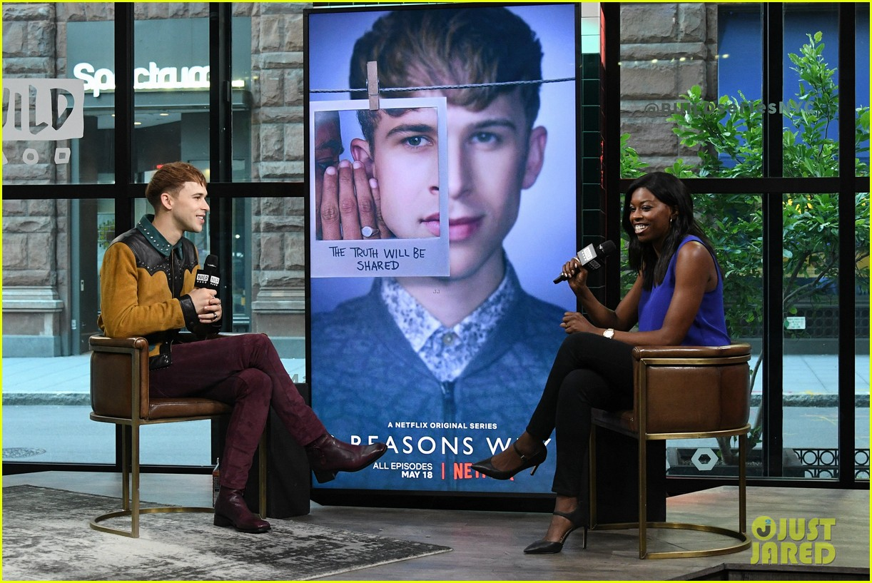 tommy dorfman talks controversial scene in 13 reasons season two 10