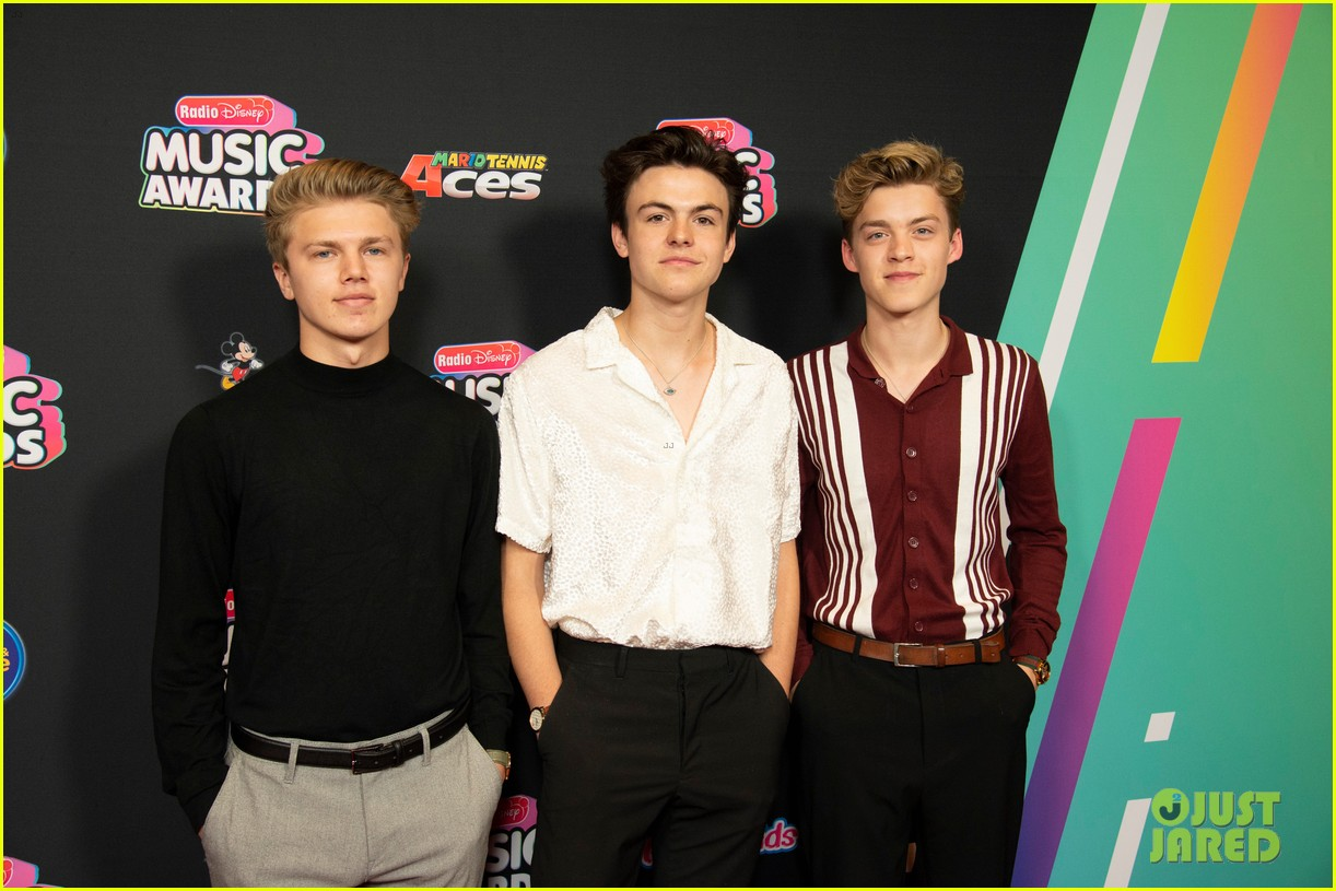 the vamps jagmac new hope club cb30 radio disney music awards 2018 12